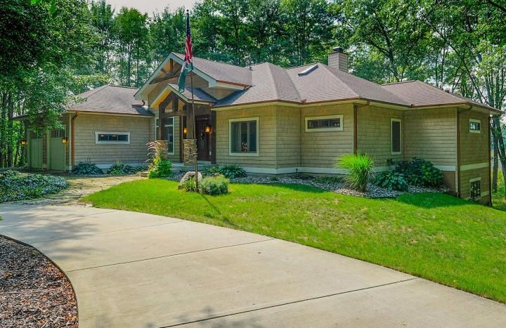 Marshall lakefront home in the country on acreage
